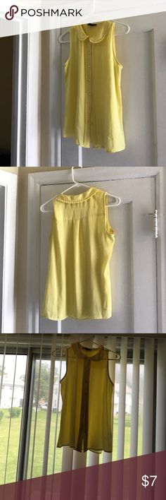 Peter Pan sleeveless top Yellow peter pan sleeveless top from forever 21 size small Forever 21 Tops Button Down Shirts