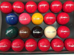 Bedrukte biljartballen.  www.polo.gent  wwwpolo-gent.be