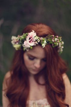 Swooned: Irish Fairy Tale: A Moodily Romantic Styled Shoot Inspired by St… Saint Patrick, Irish Wedding, Dream Wedding, Suzy, Hair Photography, Photography Flowers, Wedding Hair Down, Floral Hair, Flowers In Hair