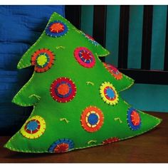 Christmas Tree cushion - nice easy project