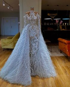 Image may contain: one or more people, wedding and indoor , Glam Dresses, Event Dresses, Pretty Dresses, Bridal Dresses, Fashion Dresses, Sexy Dresses, Beautiful Gowns, Dream Dress, Evening Gowns