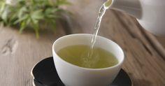 Grüner Tee ist gesund und sollte jeden Tag getrunken werden. Warum? Das verraten wir hier.