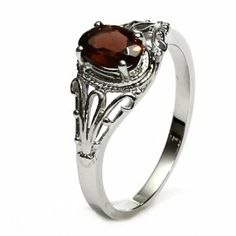 Filigree Sterling Silver Oval Cut Natural Mozambique Garnet Ring (1.1 CT.T.W)