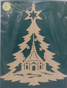 "Fensterbild ""Tannenbaum, Seiffener Kirche"" Original Handwerkskunst/ Erzgebirge Christmas Stencils, Christmas Paper, Christmas Crafts For Kids, Xmas Crafts, Simple Christmas, Wood Crafts, Diy And Crafts, Christmas Decorations, Paper Crafts"