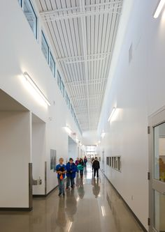 Maintaining the perfectly balanced proportions of the Oxygen series, Oxygen adds bi-directional light distribution with a unique wide and narrow Led Fixtures, Toronto Canada, Aperture, Clean Lines, Surface, Ceiling, Lighting, Unique, Design