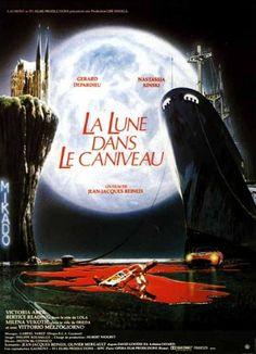 Redécouvrez la bande-annonce du film La Lune dans le caniveau ponctuée des secrets de tournage et d'anecdotes sur celui-ci. La Lune dans le caniveau est un