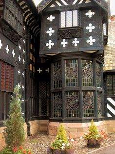 Samlesbury Hall , Lancashire. Timbered 14th-century country mansion with exhibition rooms, a casual restaurant and coffee lounge.