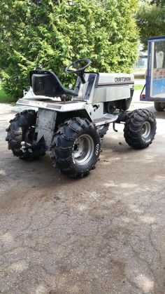 Would you battle with saving the rototiller? Mainly because we've had trouble Yard Tractors, Small Tractors, Tractor Mower, Compact Tractors, Aigle Animal, Garden Tractor Pulling, Homemade Tractor, Go Kart Plans, Lawn Mower Repair