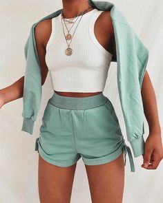 Cute Lazy Outfits, Sporty Outfits, Trendy Outfits, Summer Outfits, Teen Fashion Outfits, Look Fashion, Girl Outfits, 70s Fashion, Fashion Wear