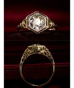 Amazing vintage diamond engagement rings with unique details.