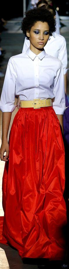 Fall 2018 RTW Carolina Herrera | Tribute Finale  Carolina Herrera  Dans notre blog beaucoup plus d'informations  http://storelatina.com/  #الخطبة #ວົງການປະຕິບັດງານ #Forlovelsesringe #Tes