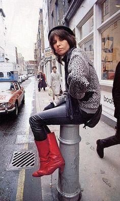 Chrissy Hynde-The Pretenders.Rock and Roll style. Mundo Musical, Chrissie Hynde, The Pretenders, Women Of Rock, Joan Jett, Post Punk, Female Singers, New Wave, Punk Rock