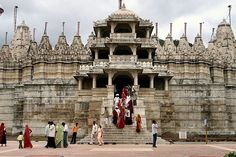 Ranakpur Temple are acclaimed world-wide for their intricate and superb architectural style. These temples form one of the five major pilgrimages of the Jains. Located in village of Ranakpur near Sadri town in the Pali district of Rajasthan, Ranakpur temple lies at a distance of 95 kms in the north of Udaipur city.
