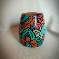 Decorated Flower Pots, Painted Flower Pots, Painted Pots, Rock Design, Gourd Art, Pottery Painting, Hacks Diy, Jar Crafts, Mandala Art