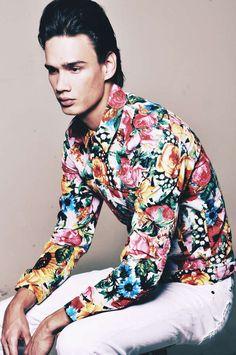 33 Flamboyant Floral Menswear Styles - From Citrus Floral Catwalks to Flower Power Menswear (TOPLIST)