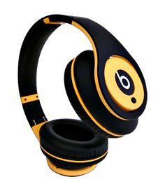 http://www.bestmonster2u.com/monster-beats-by-dr-dre-studio-high-definition-headphones-yellow-black.html