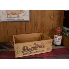 Rowntrees Vintage Style Storage Crate SC004