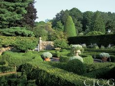 The Exquisite Gardens of Oscar and Annette de la Renta Are a Labor of Love Photo Gallery