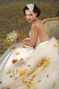 Vestido Solaine Piccoli  www.solainepiccoli.com.br  @solainepiccoli @gabrielapicoli  #bride #noiva #wedding #casamento #love #luxo #amor #weddingdress #vestidodenoiva #vestido #dress #bridal #fashion #together