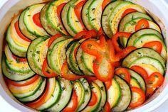 Ratatouille via smitten kitchen *SUPER yum. Smitten Kitchen, I Love Food, Good Food, Yummy Food, Yummy Eats, Vegetarian Recipes, Cooking Recipes, Healthy Recipes, Healthy Meals