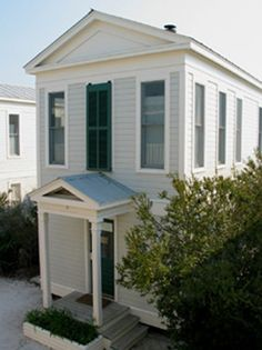 Real Estate Seaside FL Properties Condos Cottages Homes Beach Cottage Exterior, Beach Cottage Decor, Honeymoon Cottages, Beach Cottages, Beach Houses, Screened In Deck, Seaside Florida, Beach Vacation Rentals, Rental Apartments