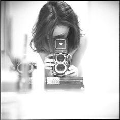 Девушки с фотоаппаратом - часть 1 (72 фото)