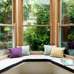 Small conservatory with window seat