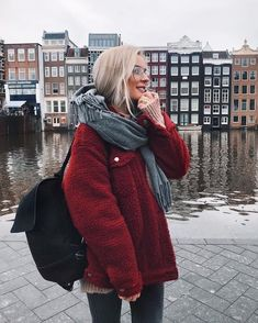 Women Dark-red Lapel Button Up Faux Fur Casual Teddy Coat - S Mode Amsterdam, Amsterdam Netherlands, Amsterdam Fashion, Fall Winter Outfits, Autumn Winter Fashion, Fur Casual, Mode Shoes, Fashion Outfits, Womens Fashion