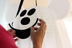 Mickey Mouse Ghost DIY that's Disneyland Inspired. Disney Halloween Decorations, Disney Halloween Parties, Mickey Mouse Halloween, Halloween Party Decor, Scary Halloween, Halloween Crafts, Halloween Ideas, Halloween 1st Birthdays, Halloween First Birthday