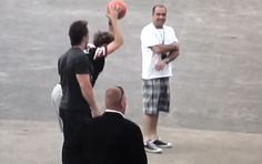 And this basketball bounce. | 30 Times Niall Horan Was The Most Perfect Member Of One Direction In 2013