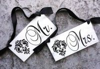 Wedding Signs, Mr. and Mrs. Wedding Chair Signs. 6 x 12 inches, Vintage Paint, Damask, 1-sided. Wedding Reception, Decorations.