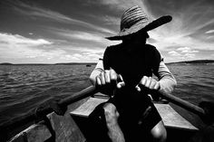 Pescador na represa de Canudos, no Estado da #Bahia: http://abr.io/5uGi