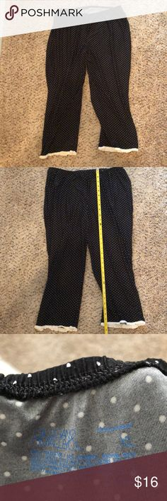 Polka dot sleep pants Black with white polka dot sleep capri length pants. Gilligan & O'Malley Intimates & Sleepwear Pajamas