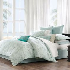 This Mykonos duvet cover by Echo brings a calm feeling to the bedroom. The oversized duvet cover is made from cotton with a mosaic tile design. The top of bed is complete with a tackless finish on the edge for a clean look. Echo Bedding, Aqua Bedding, Queen Comforter Sets, Duvet Sets, Duvet Cover Sets, King Duvet, Queen Duvet, Comforter Cover, White Bedding