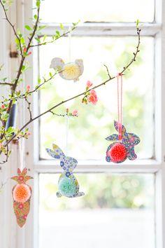 Jetzt, da die Krokusse aus dem Boden schiessen und langsam die Sonnenwärme  zurückkehrt, wird es Zeit, sich Gedanken um Ostern zu machen.  ...
