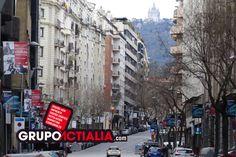 Carrer de Tuset, Barcelona. Grup Actialia ofrece sus servicios en Barcelona: Diseño web, Diseño gráfico, Imprenta y Rotulación. www.grupoactialia.com