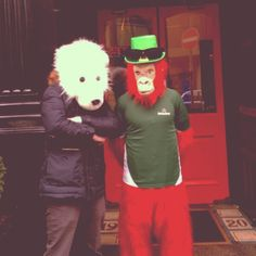 Monkey leprechaun, another animal brother ! #dublin #pauliebeer #leprechaun #photooftheday #love #wwf #greenpeace