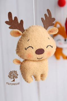Felt Christmas Decorations, Felt Christmas Ornaments, Noel Christmas, Christmas Crafts, Fleece Crafts, Felt Crafts Diy, Felt Diy, Felt Animal Patterns, Felt Crafts Patterns