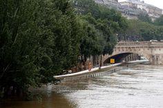 Voie express inondée à Paris : Les photos chocs des inondations en France [VILLE PAR VILLE] - Linternaute
