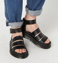 Dr Martens サンダル 大人気!ドクターマーチン(Dr Martens) サンダル CLARISSA 靴