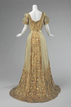 Mrs Osborn Company, evening gown, 1910. (back)