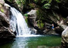 Looking for easy Vermont hiking trails? These day hikes in northern Vermont are great for families, and they're pet-friendly too. I've included hiking near Burlington, hiking near Stowe, and hiking in and around Groton State Forest. Water Playground, Best Swimming, State Forest, Roadside Attractions, Picnic Area, Beautiful Waterfalls, Best Hikes, Day Hike, Hiking Trails