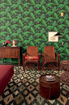 Palm tree wallpaper. via Casa Vogue.