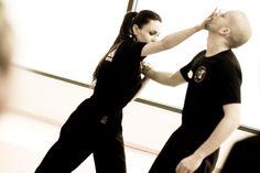 Cours gratuit de self défense, pour femmes - http://bonplangratos.fr/cours-gratuit-self-defense-femme