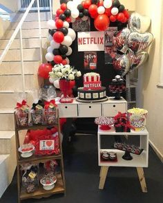 trendy birthday party ideas for adults decoration movie nights - Sheena Horne - Birthday Party 18th Birthday Party Themes, Sleepover Birthday Parties, Birthday Party For Teens, 14th Birthday, Lila Party, Festa Party, Movie Night Party, Movie Nights, Netflix
