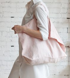 ~ * French Linen bag by Alder & Co Mode Style, Style Me, Fashion Bags, Fashion Accessories, Neutral Outfit, Linen Bag, Linens And Lace, Minimal Fashion, Minimal Style