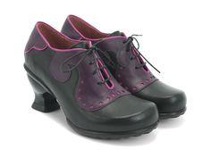 Kitschy Kitschy Boom Boom Viv — black/purple (8.5)