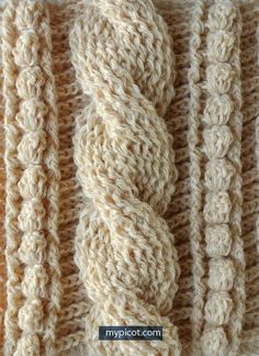 Crochet cable pattern. Learn how to crochet cables with this step-by-step tutorial on MyPicot | Free crochet patterns