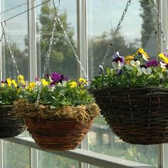Most current Pictures large Hanging Baskets Strategies Hanging baskets are generally a wonderful way to have coloration along with theatre to your sunlit wall or eve. Miniature Chair, Current Picture, Hanging Flower Baskets, Miniature Christmas, Container Flowers, Fall Flowers, Natural Materials, Beautiful Gardens, Container Gardening