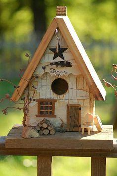 Rustic and cute Birdhouse! [I will use this as a fairy house ] Bird House Feeder, Bird Feeders, Decorative Bird Houses, Bird Boxes, Fairy Houses, Little Houses, Yard Art, House Painting, Decoration